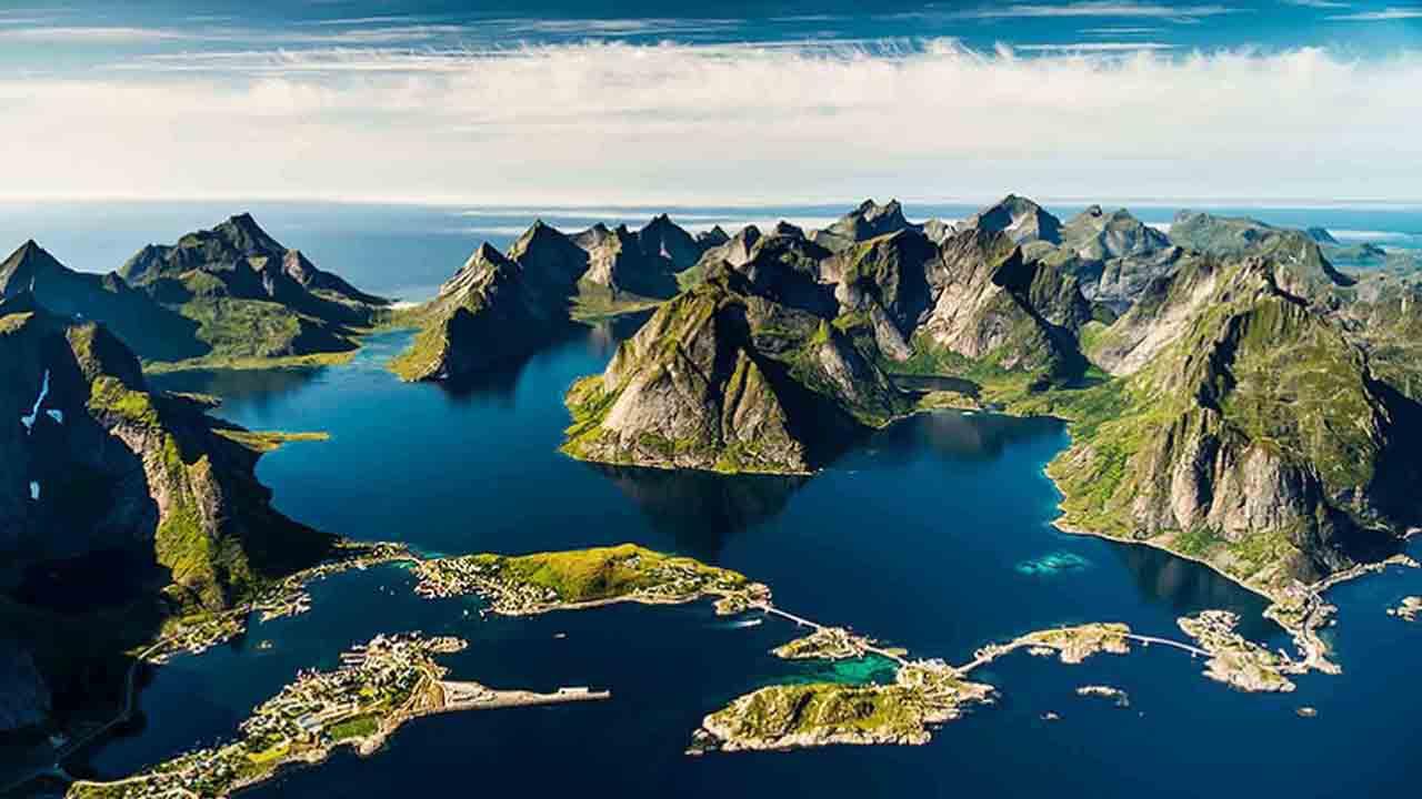 Documental 'Making Norway', de Eivind Holmboe. Montaje de José Ramón Lorenzo